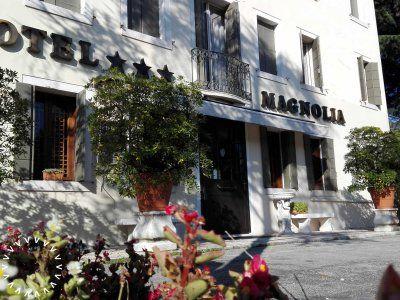 hotel-magnolia-preganziol-treviso-01_grid.jpg